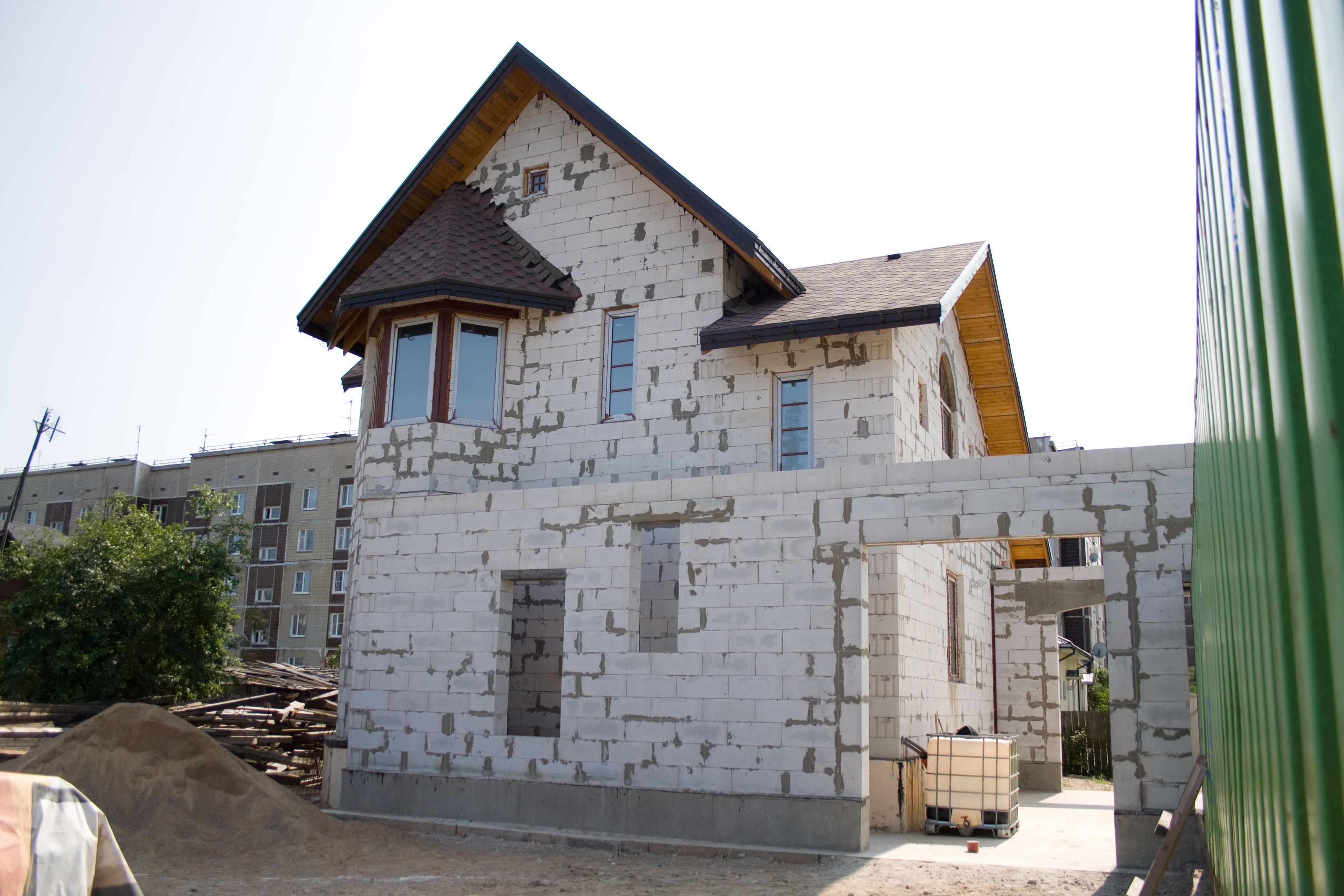 Всё о строительстве частного дома из газобетона своими руками 455